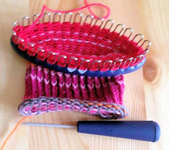 Prym Knitting Loom